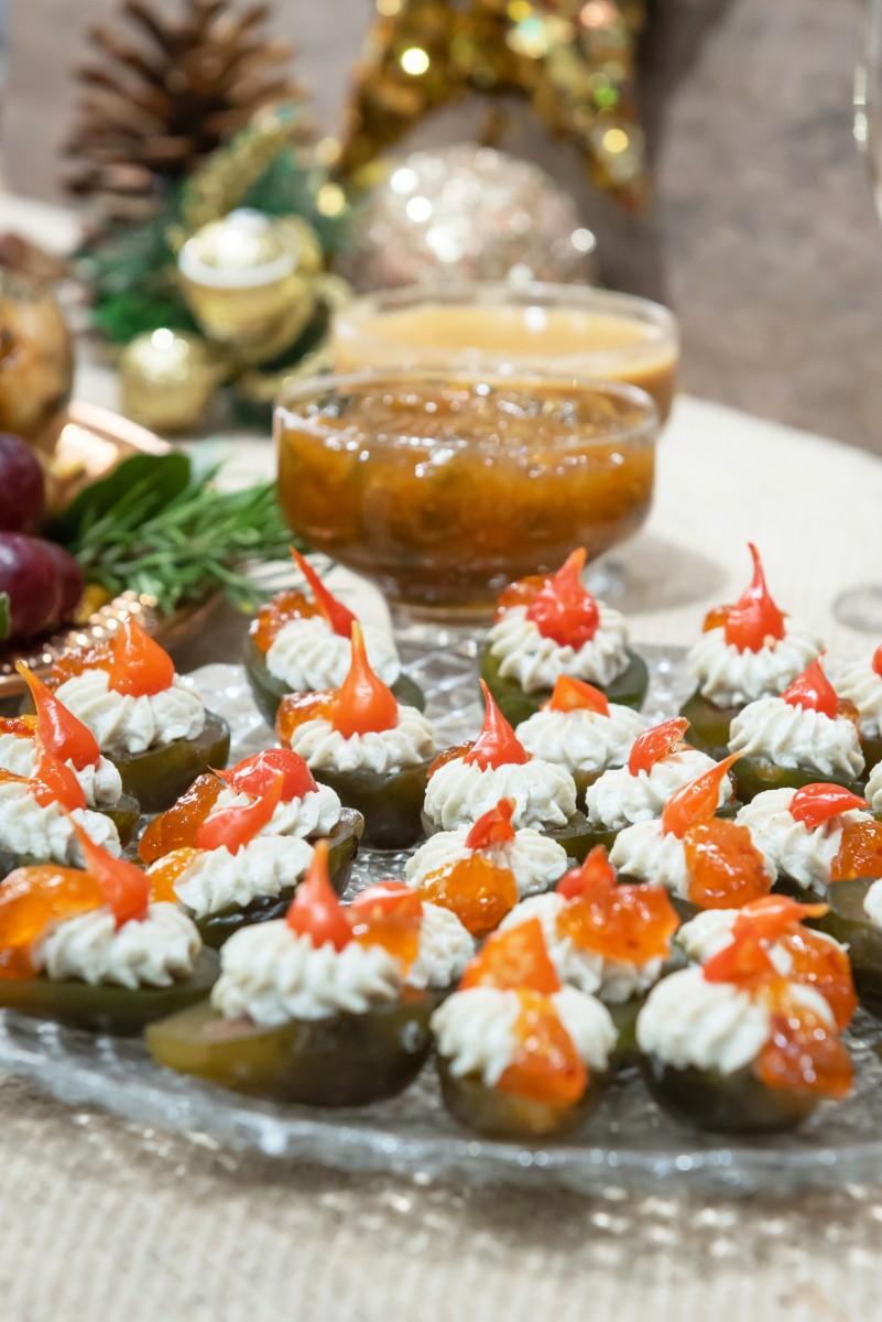 Figos com gorgonzola e Geleia de pimenta
